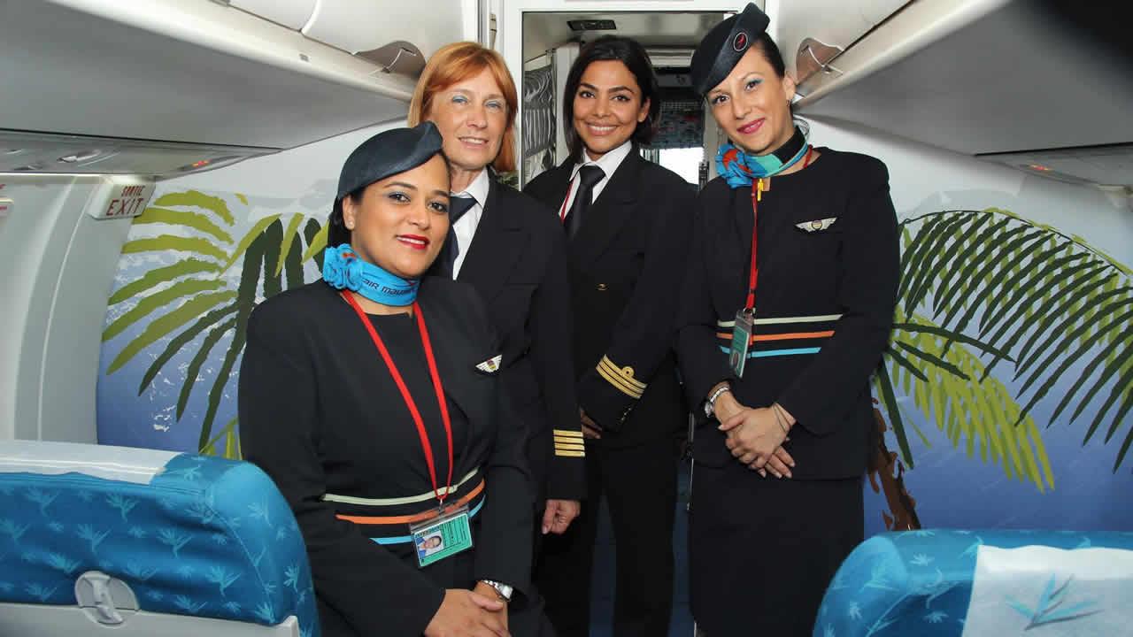 L'équipage exclusivement féminin du vol ATR-72 du 9 juin.