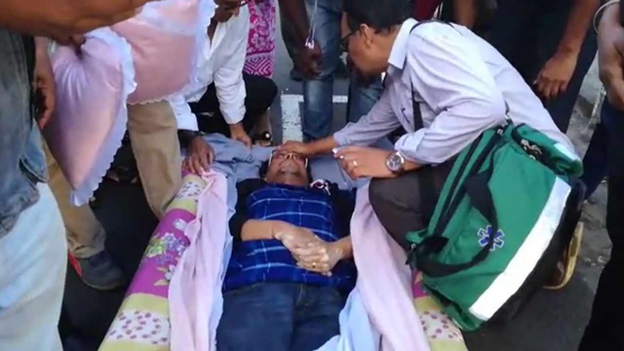 SCBG : un gréviste transporté à l'hôpital sur un matelas