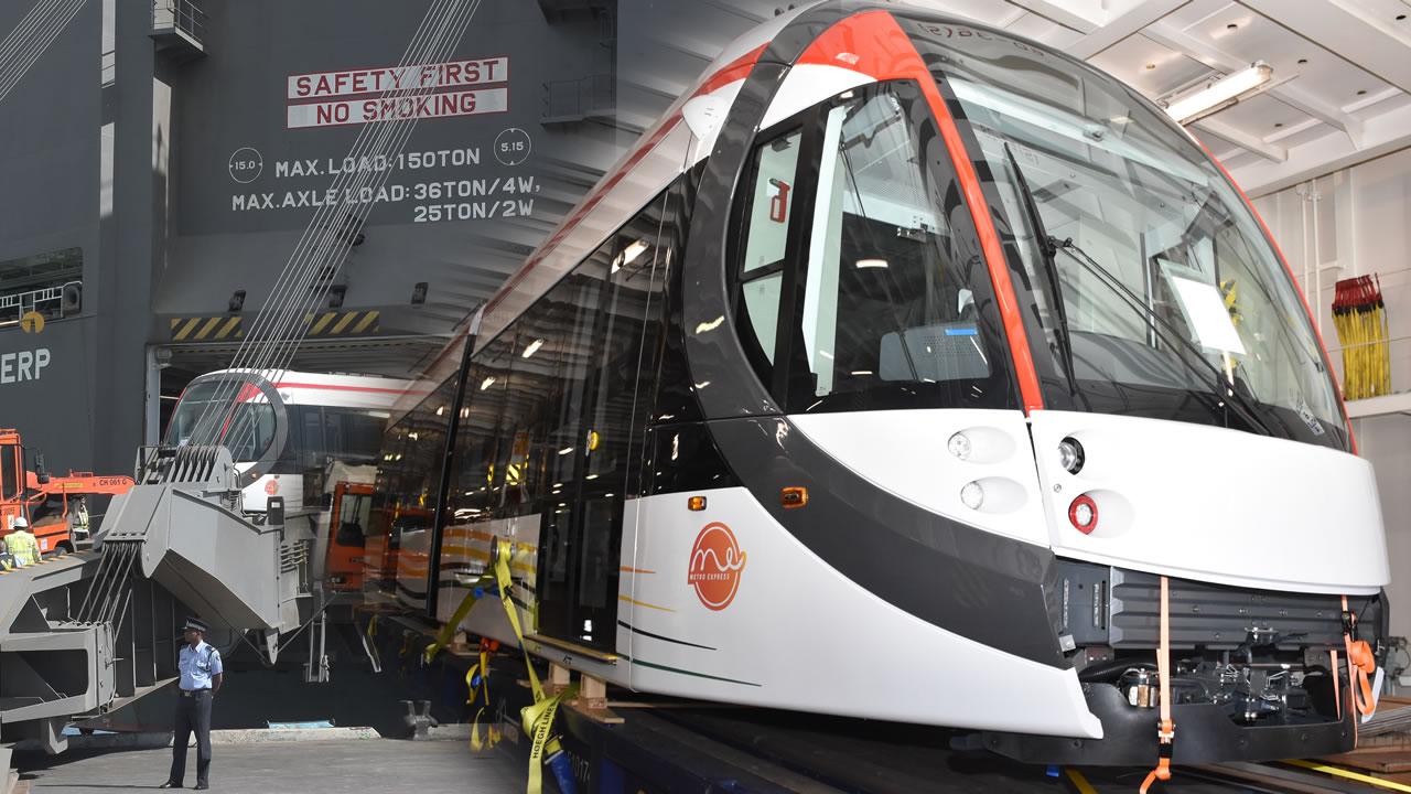 Un premier train du Metro Express est arrivé le jeudi 4 juillet.