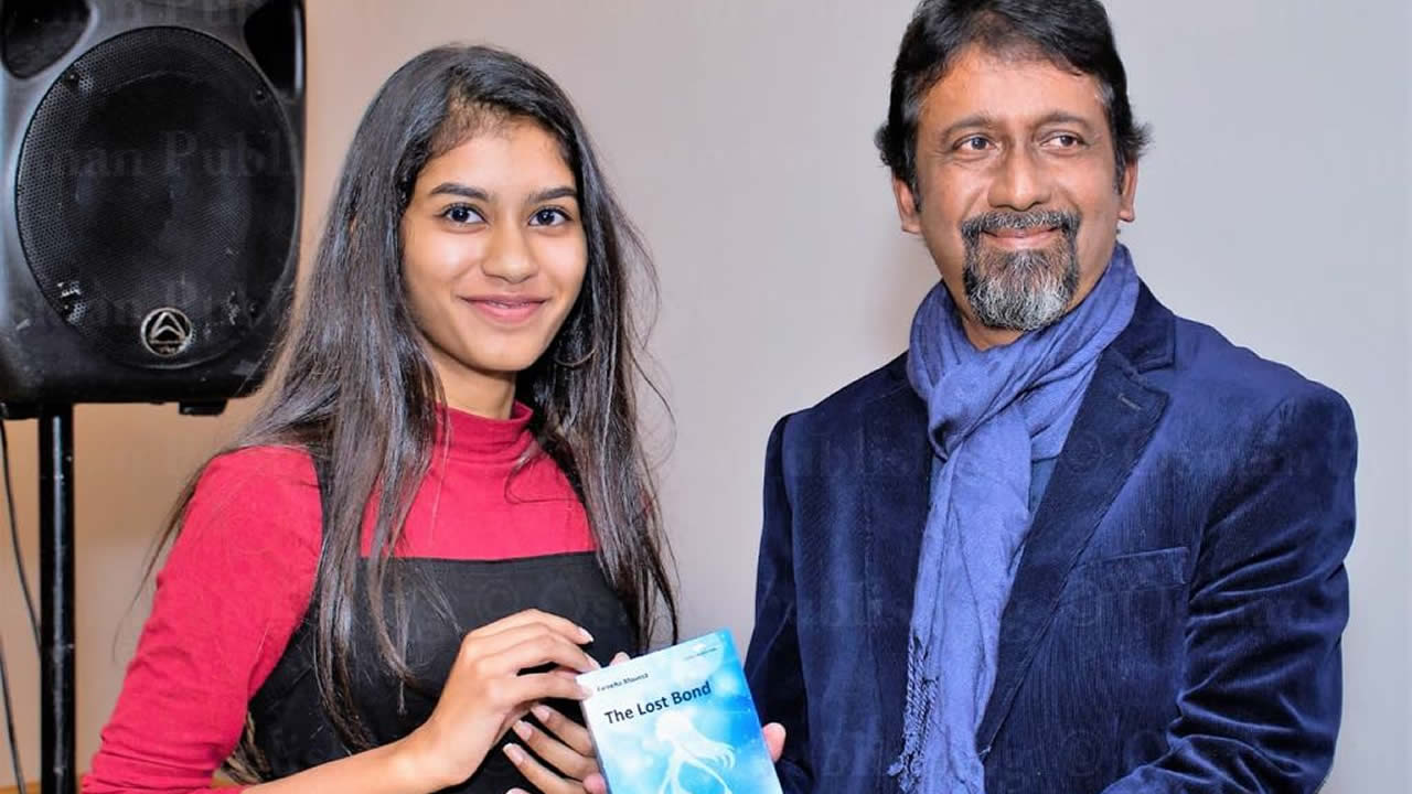 Fareeha Moosa and Mr Amarnath Hossany  (Mauritian author) during the launching of The Lost Bond.
