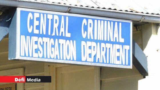 Enquête sur des «messages à relent communal» sur WhatsApp : le deuxième suspect libéré sous caution