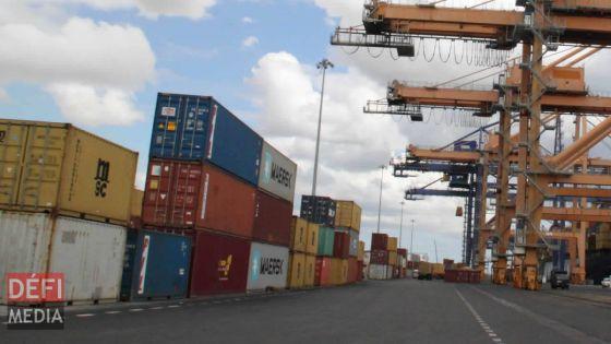 Commerce extérieur : un déficit commercial de Rs 105 milliards attendu cette année