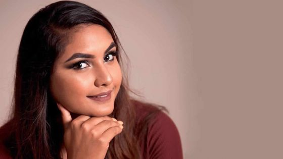 Reeah Jheelan : la maquilleuse aux doigts de fée