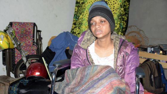 Atteinte de lupus : comme toute mère, Stacy, lasse par la maladie, rêve de voir son fils réussir