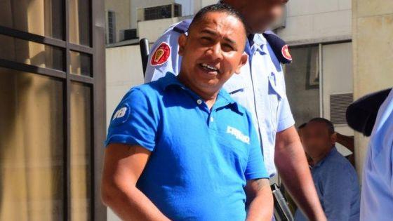 Plus de Rs 2 millions retrouvées dans sa salle de bains :Ricardo Laval Agathe reste muet sur la provenance de cet argent