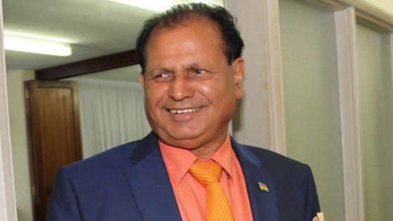 Saute d'humeur de l'ex-ministre Dayal
