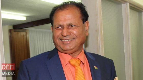 Affaire «Bal Kouler» : Raj Dayal demande à Pravind Jugnauth de «rétablir ses droits»