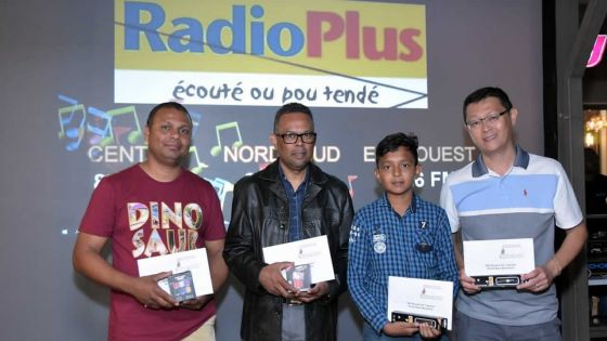 Radio Plus Karaoke Competition : un succès incontestable à Kendra Saint-Pierre