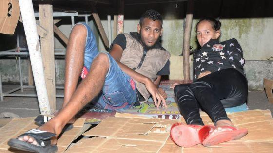 L'amour à toute épreuve d'un couple de SDF - Anaëlle : «Il a quitté son boulot pour ne pas me laisser seule dans la rue»