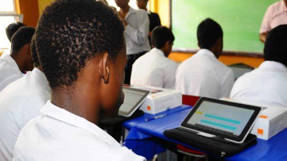 Budget 2019-20 - Éducation : des tablettes aux écoliers de Grade 4