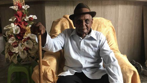 Grand-Gaube : à 103 ans, il va toujours acheter son pain tous les matins