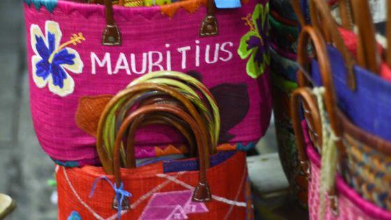 Marché central : les vendeurs de produits artisanaux face à des difficultés financières