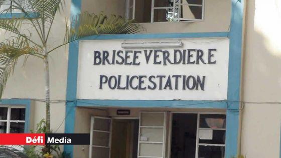 Incendie à L'Aventure : cinq suspects recherchés par la police