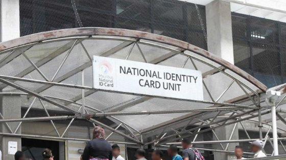 Complot pour fabriquer une fausse carte d'identité : un Clerical Officer avoue les faits