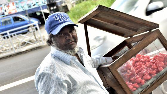 Mamode Imran Mangroo : l'art de vendre des fruits