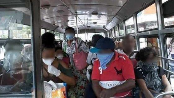 Vu sur Facebook : autobus bondé, les masques de sortie