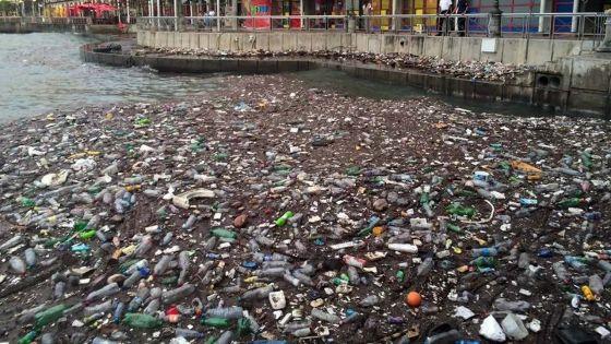 76 000 tonnes de déchets plastiques en 2018 : le ministère de l'Environnement inquiet par cette situation