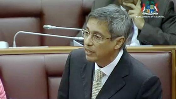 Political Financing Bill – Pour Xavier-Luc Duval, « le gouvernement fait cavalier seul »