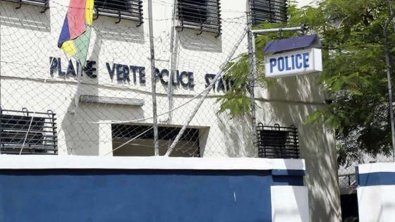 Terre-Rouge : de l'héroïne au cout de Rs 1,4 million saisie sur une Malgache