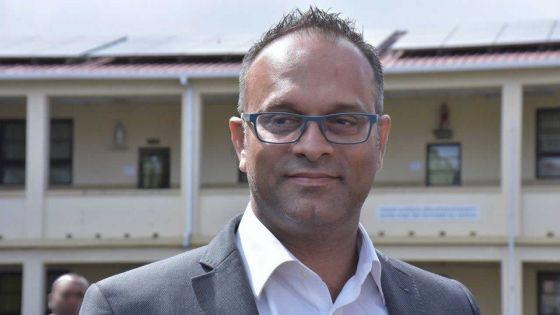 Pétitions électorales :Seewochurn accuse Collendavelloo de manquer de respect à la cour