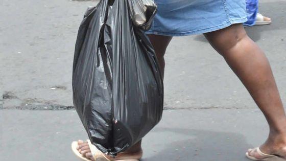 Interdiction de produits en plastique : des sacs contrefaitssur le marché