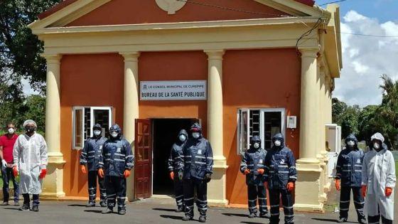 Covid-19 : les employés du cimetière Bigara bien équipés, assure le maire de Curepipe