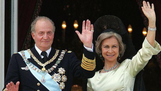 Visé par une enquête pour corruption : où est l'ex-roi Juan Carlos ?