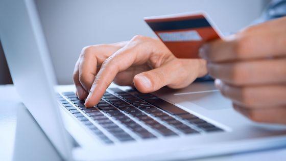 Internet : qui sont les Mauriciens qui achètent en ligne?