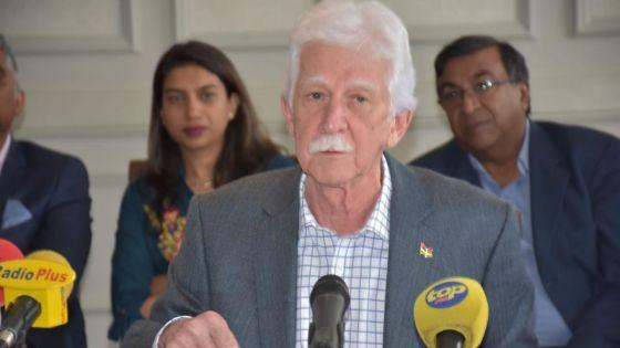 Paul Bérenger : «Duval ne joue pas son rôle»