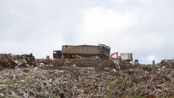 Allocation de contrats pour le transfert des déchets : l'IRP critique le ministère de l'Environnement