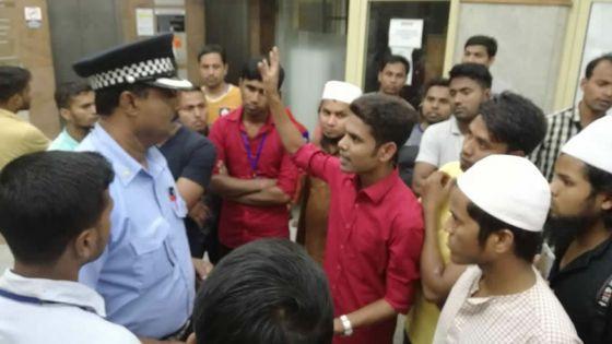 Un circuit mafieux entourant le recrutement : des travailleurs bangladais vampirisés