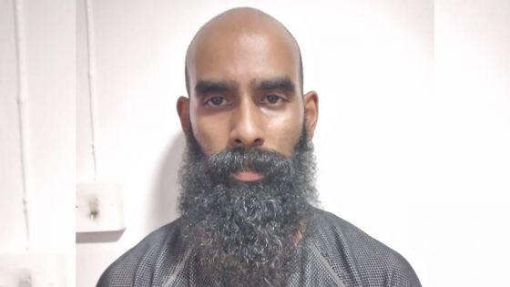 Trafic de drogue :Cannabis, ecstasy et fusil saisischez Bhavish Sharma Roopun