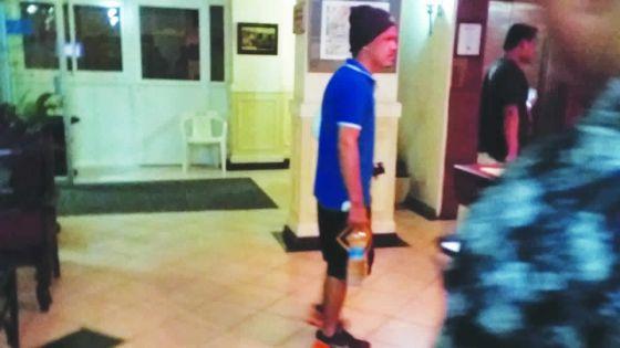 Échouage du MV Benita: Le mécanicien Alvin Maderse quitte la clinique