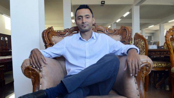 Nissar Kader : l'homme aux deux casquettes