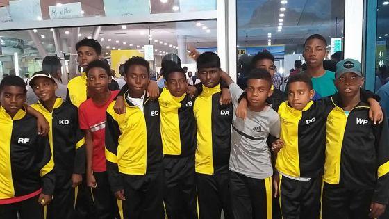 Grâce à la générosité de plusieurs sponsors :14 enfants de Tranquebar sont partis à La Réunion