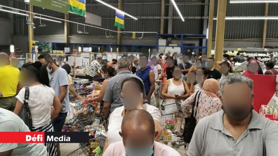 Jagutpal : «Pena auken penurie pou fer panik buying»