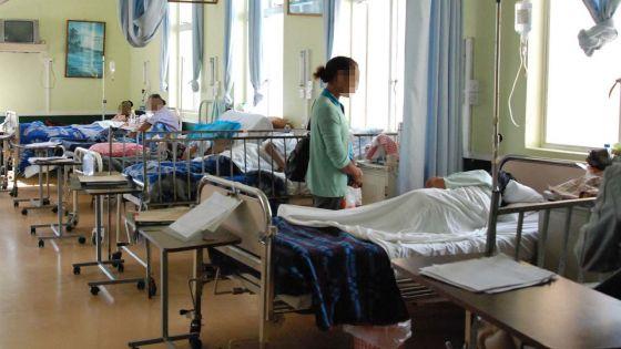 Hôpitaux débordés : elle décède après  avoir attendu une journée pour se faire admettre