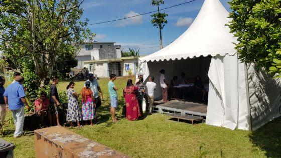 Bon-Accueil : trois chapiteaux aménagés au no 9 comme centres de vote