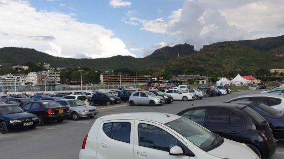 Parkings au Champ de Mars : un opérateur recherché pour la gestion
