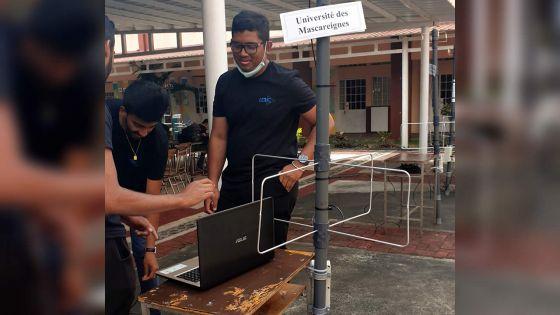 Communication spatiale : des étudiants créent des antennes qui captent les signaux de satellites