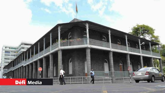 Hautes fonctions : le bureau du Premier ministre accélère le rythme des nominations