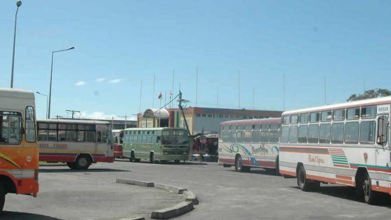 Transport public : les personnes ayant un permis pourront voyager quotidiennement