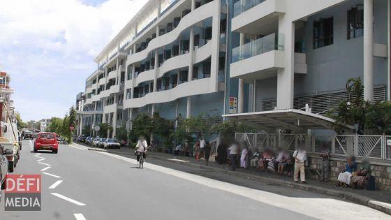 Hôpital Jeetoo : un homme giflé par un infirmier pour «avoir demandé un peu d'eau»