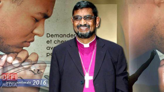 Monseigneur Ian Ernest en poste prochainement à Rome pour «sceller l'unité entre l'église anglicane et catholique»
