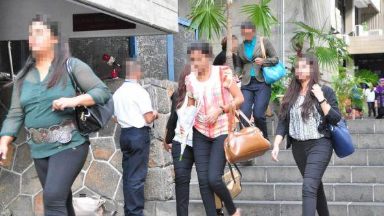 Nouvelles revendications : les privilèges des fonctionnaires reviennent sur le tapis