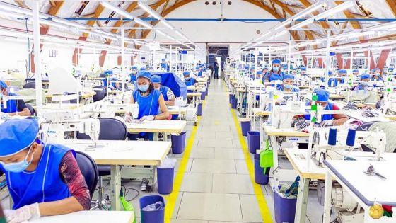 Covid-19 : des sociétés se lancent dans la fabrication de masques de protection