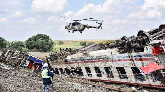 Déraillement d'un train en Turquie : le bilan monte à 24 morts