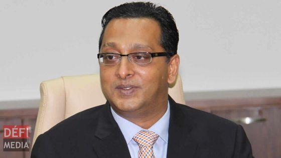 Bhadain réclame des excuses publiques et des dommages de Rs 25 millions au ministre Seeruttun