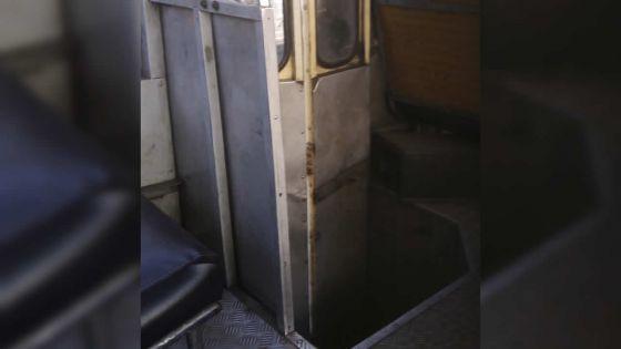 Sécurité routière : l'état d'un autobus individuel décrié