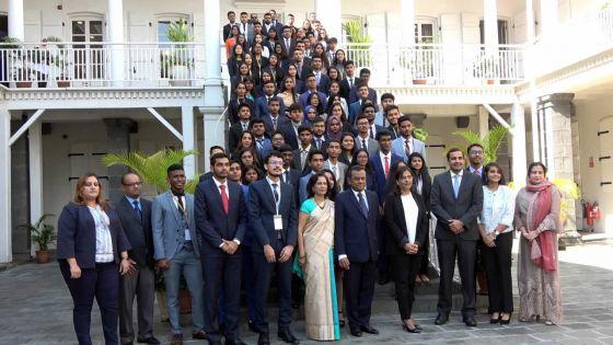 National Youth Parliament : des jeunes dans la peau des parlementaires